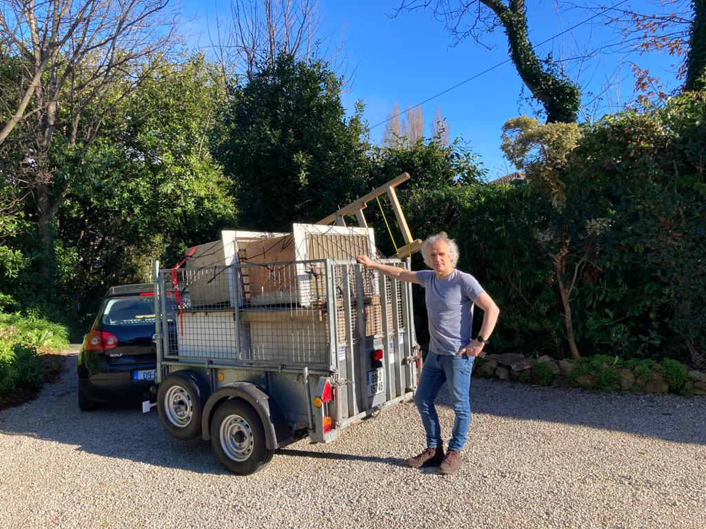 Pete with trailer kennels